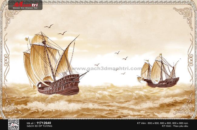 Toàn cảnh hai con thuyền màu gỗ viền hoa văn
